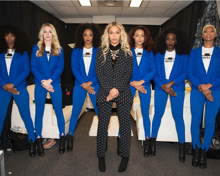 beyonce-get-out-the-vote-givenchy-cross-print-blazer-and-slim-fit-trousers-7